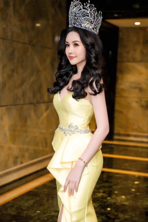Hoa hậu Đại dương 'nổi đóa' khi váy hiệu mua tận bên Mỹ bị chê vừa sến vừa lỗi mốt