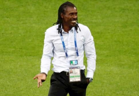 Huấn luyện viên Senegal chinh phục fan nữ Nga mùa World Cup