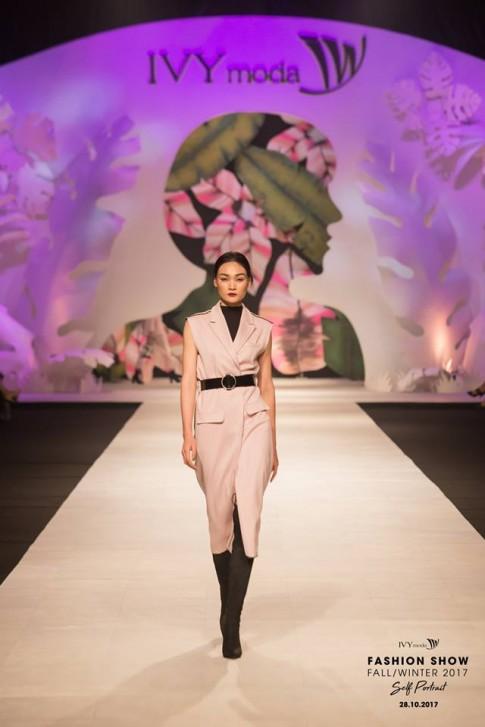 IVY moda ra mắt bộ sưu tập thu đông 2017 - Self Portrait