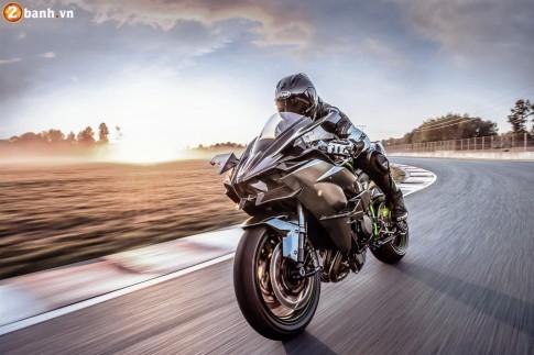 Kawasaki Ninja H2R 2017 chính thức cho đặt hàng với giá gần 1,3 tỷ Đồng