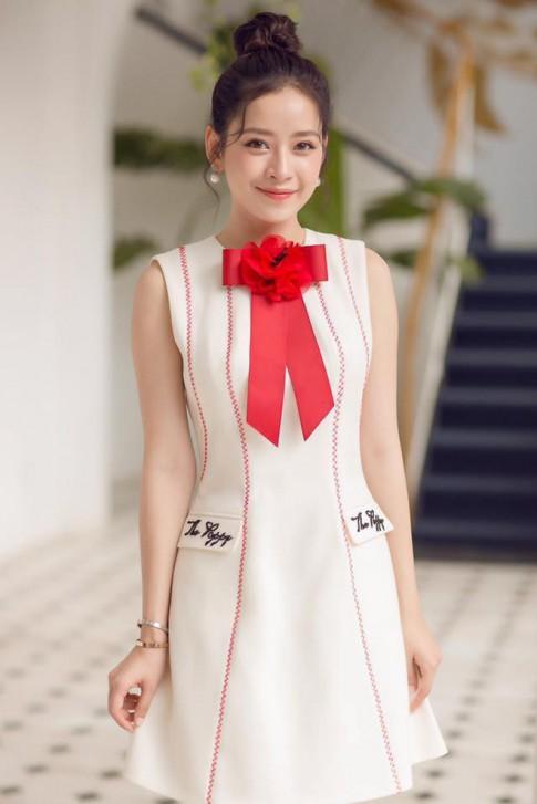 Không phân biệt nổi đâu là Chi Pu, đâu là Angela Phương Trinh khi cùng mặc chung đồ