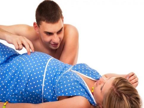 """""""Lên đỉnh"""" khi mang bầu, những điều cần biết"""