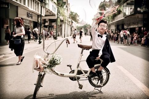 Mẫu nhí đáng yêu trong trang phục của NTK Thảo Nguyễn tại The Best Street Style