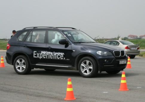 Nâng cao kỹ năng lái với 'Trải nghiệm BMW'