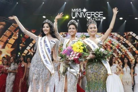 Người mẫu thi hoa hậu hot trend mới lên ngôi