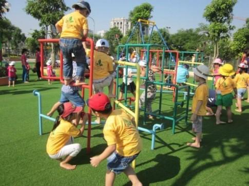 Những quy tắc an toàn mẹ nên biết khi cho trẻ đi công viên mùa hè