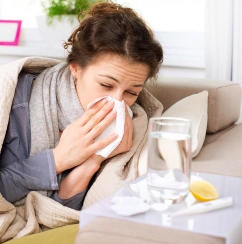 Nụ hôn và những căn bệnh lây nhiễm khiến bạn giật mình