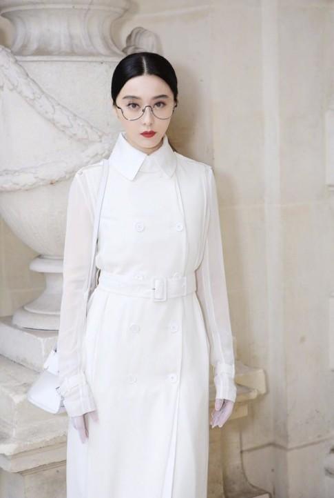 Nữ thần Phạm Băng Băng diện đồ đôi cùng trai đẹp 'Thượng Ẩn' tại Paris Fashion Week