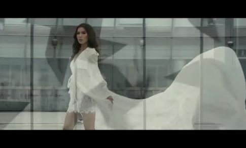 'Phong' - giấc mộng thời trang đẳng cấp của Chung Thanh Phong
