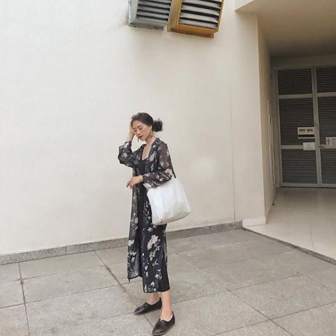 Sau tất cả túi tote vẫn được lòng con gái Việt nhất