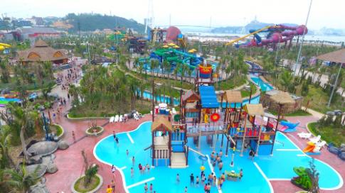 12 trò chơi độc đáo tại công viên nước Typhoon Water Park