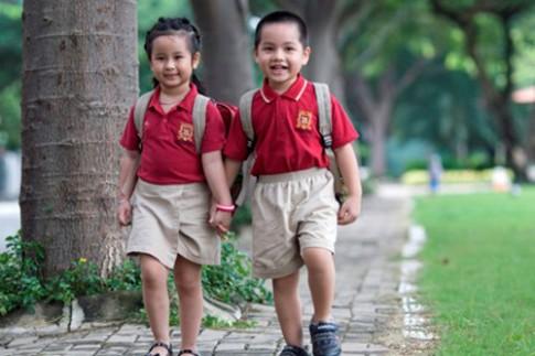 """4 kĩ năng """"sống còn"""" cần dạy con trước ngày khai giảng"""
