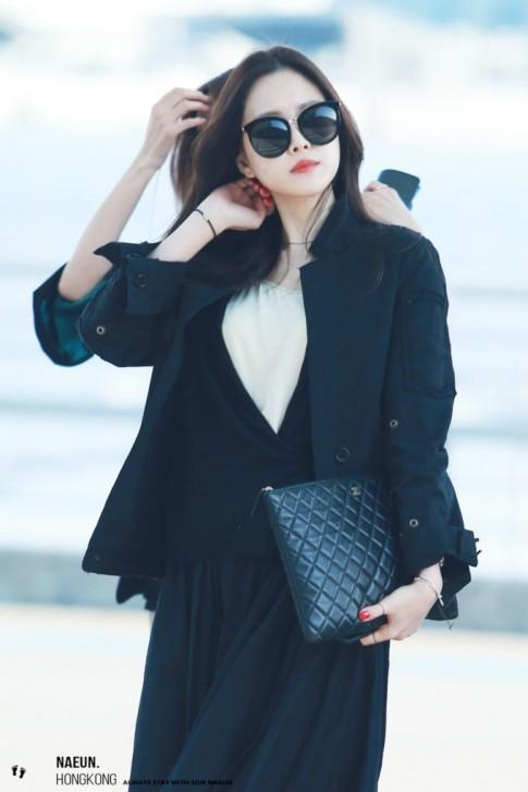 4 phong cách thời trang sân bay của sao Hàn mà fan ngắm 'mòn mắt' vẫn không hề chán
