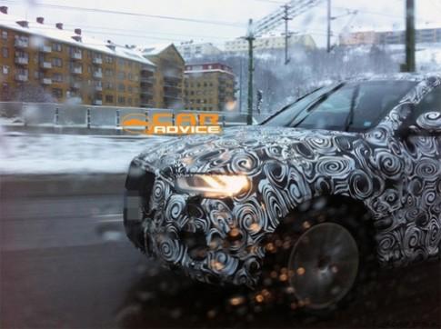 Audi Q3 lần đầu trên đường thử