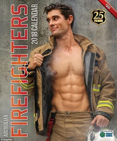 Các chàng lính cứu hỏa Úc đốn tim với vẻ đẹp ngang siêu mẫu