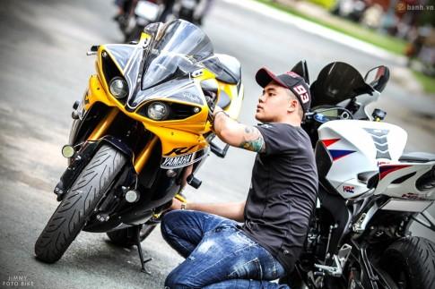 Cặp đôi SuperSport danh giá của biker trẻ tự tin tạo dáng tại Sài Gòn