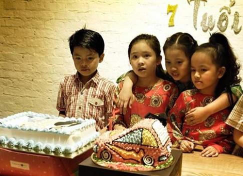 Con trai Trần Lực bảnh bao trong ngày sinh nhật