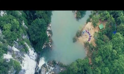 Cuộc sống hoang dã trên đường tới hang Tú Làn