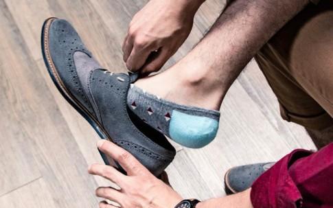 Đi giày không đi tất, tác hại khôn lường hơn bạn tưởng?