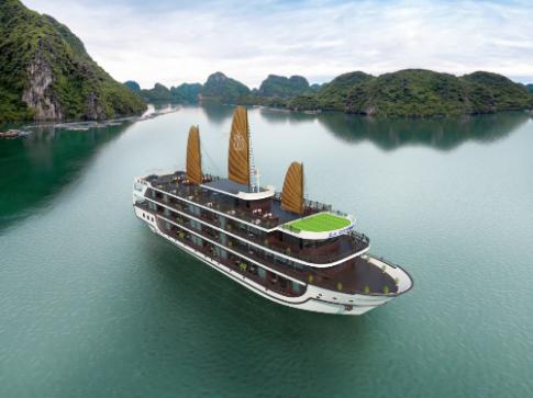Du thuyền đẳng cấp 5 sao sắp ra mắt trên vịnh Hạ Long