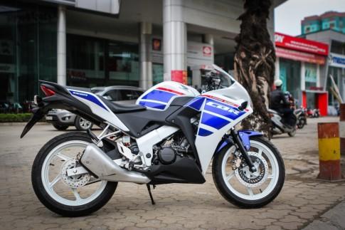 Honda CBR 150R dàn áo theo phong cách xe đua cổ điển