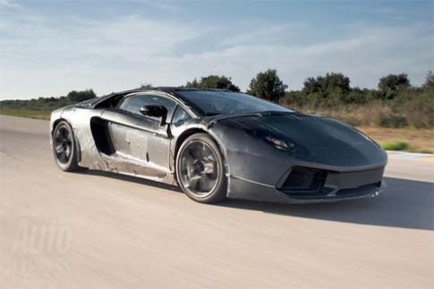Lamborghini LP700-4 trên đường thử