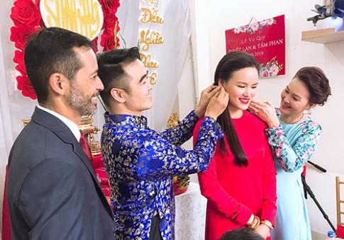 Lễ cưới của người mẫu Tuyết Lan