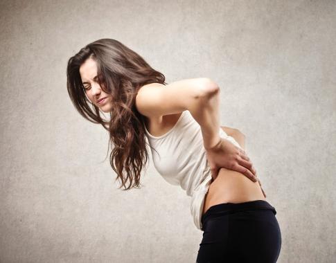 Muôn vàn cách chấm dứt chứng đau lưng khó chịu dành cho dân văn phòng