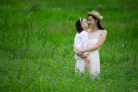 Ngắm những khoảnh khắc đáng yêu của mẹ và bé