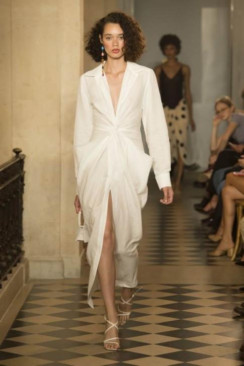 Những bộ váy chuẩn mốt mùa Thu khiến các nàng 'yêu ngay từ cái nhìn đầu tiên'