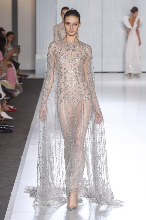 Những mẫu váy cưới xuyên thấu dành cho cô dâu có sở thích 'khoe da thịt'