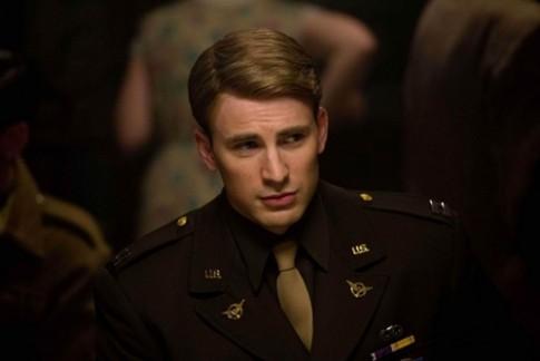 """Phong cách đơn giản mà chất của """"Captain America"""" Chris Evans"""