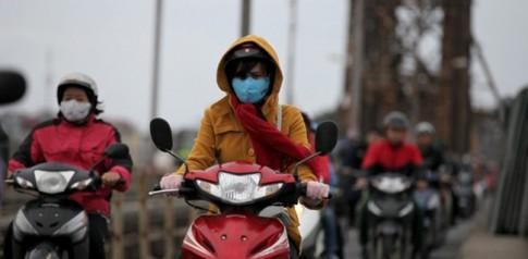 Thói quen nên có giúp người đi xe máy không bị ốm trời lạnh