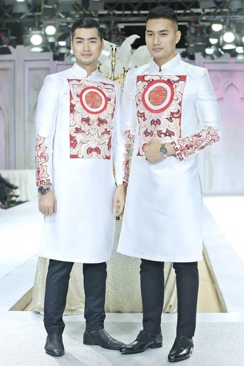 Trang phục cưới cho thế giới thứ 3 lần đầu tiên xuất hiện trên sàn diễn Việt Nam