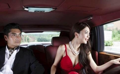 Vì sao phụ nữ thích lấy chồng giàu?