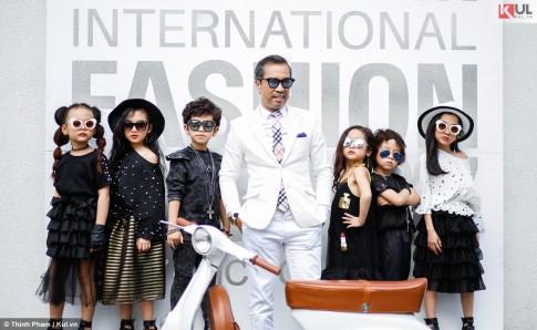 VIFW 2017: Các fashionista nhí tự tin khoe dáng với 'đàn anh, đàn chị'