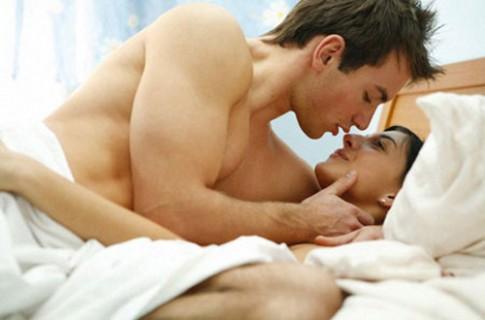 Vợ chồng nên quan hệ bao nhiêu lần trong tuần là chuẩn