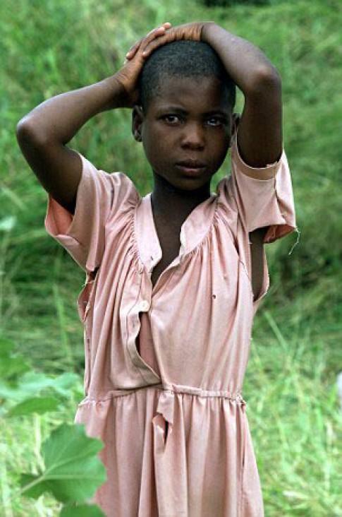 """Xót xa những bé gái phải đi học """"làm vợ"""" khi mới 8 tuổi"""