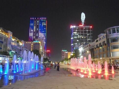 Chỉ còn 10 ngày nữa phố đi bộ Nguyễn Huệ sẽ hóa thành sàn diễn thời trang dài hơn nửa cây số
