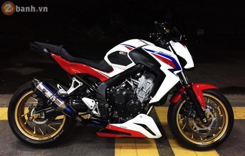 Honda CB650F day kich thich voi loat do choi nang ky cua biker den tu Thai Lan.