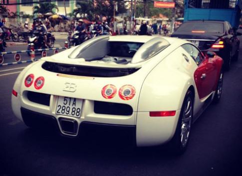 Chủ nhân siêu xe Bugatti Veyron là Việt kiều