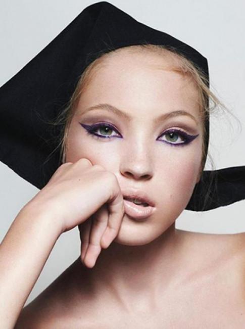 Con gái 16 tuổi của siêu mẫu Kate Moss