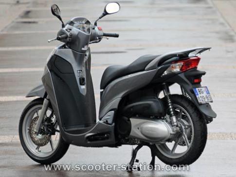 Honda SH300i ABS 2011 bắt đầu chinh phục châu Âu