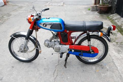 Honda SS50 ngũ sắc độc nhất Việt Nam