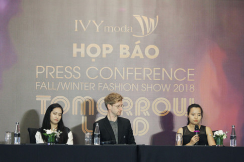 IVY moda bat tay NTK Graeme Armour cho show thu dong 2018