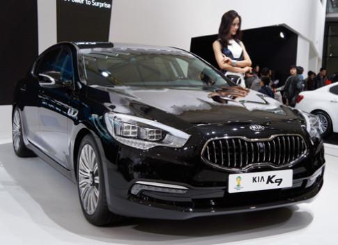 Kia K9 - hàng nhập hạng sang ở Trung Quốc