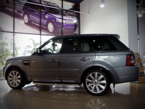 Range Rover Sport Supercharged 2012 về Việt Nam