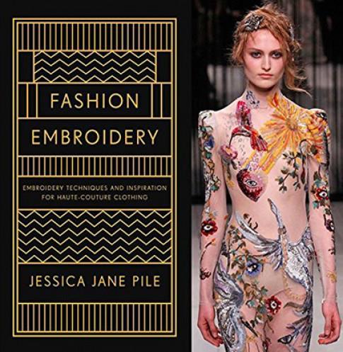 Thiết kế của Công Trí được đưa vào sách thời trang thế giới
