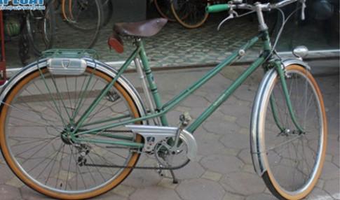 Xe đạp đắt ngang SH, chuyện lạ nhưng có thật.