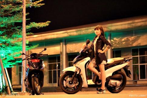 Yamaha Nouvo - Honda SH khoe sắc cùng teen
